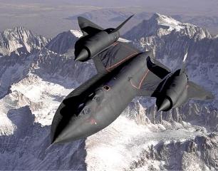 Lockhheed SR-71 Blackbird – oficjalnie najszybszy samolot na świecie.