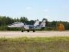 Hamowanie za pomocą specjalnego spadochronu po wylądowaniu MiG-29 Fulcrum.